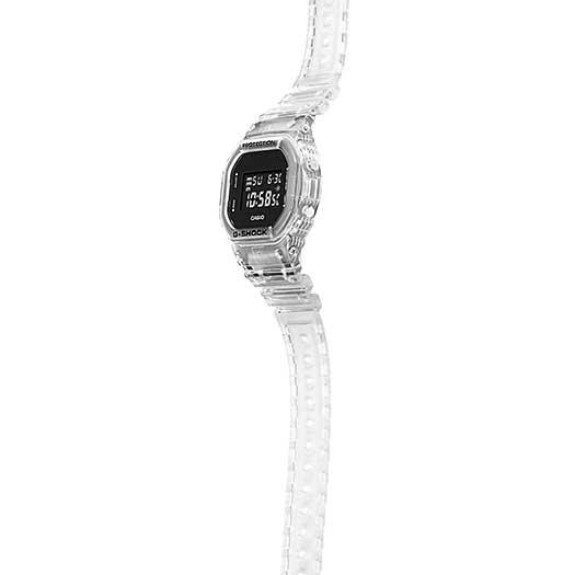 Relógio CASIO G-Shock DW-5600SKE-7DR Série Transparent Pack