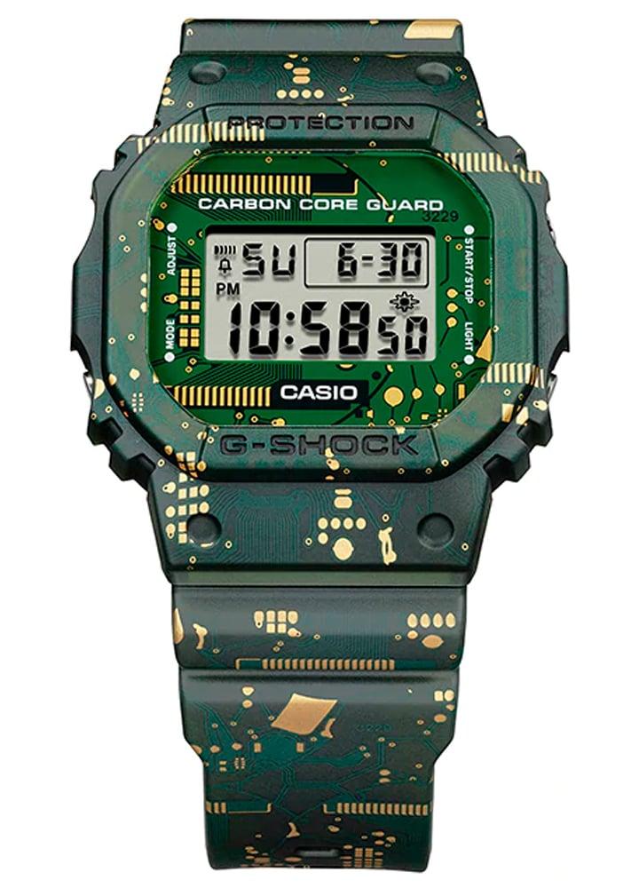 Relógio G-Shock DWE-5600CC-3DR *Carbon Core Guard
